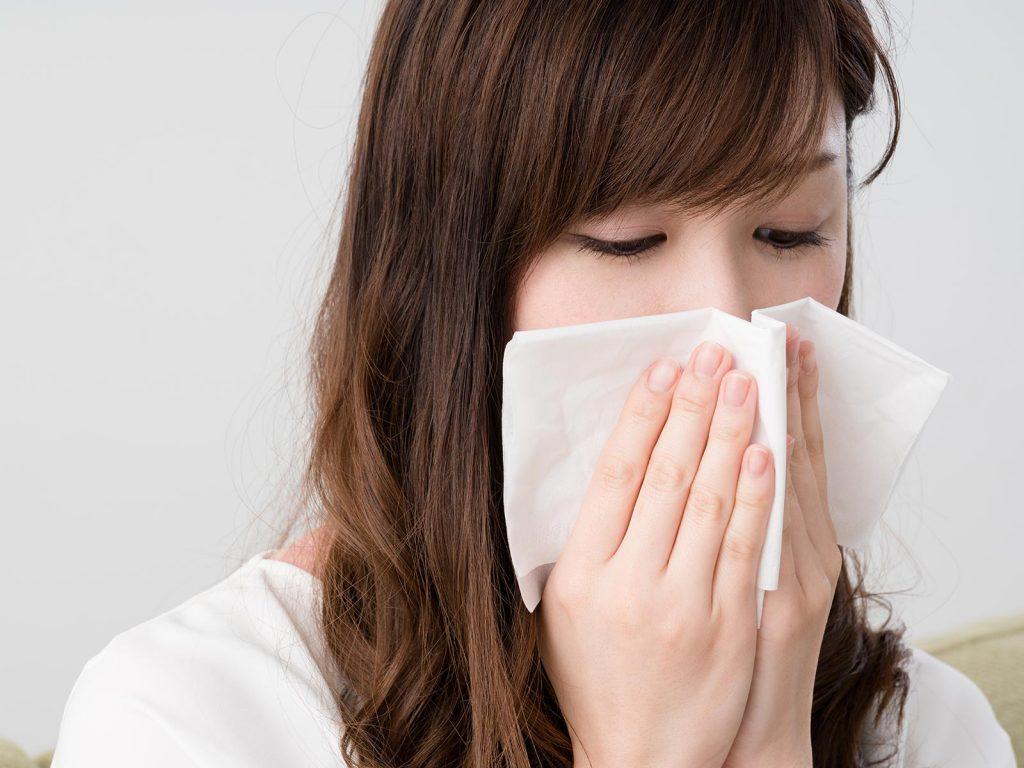 鼻や喉の不快感、もしかして「後鼻漏(こうびろう)」?