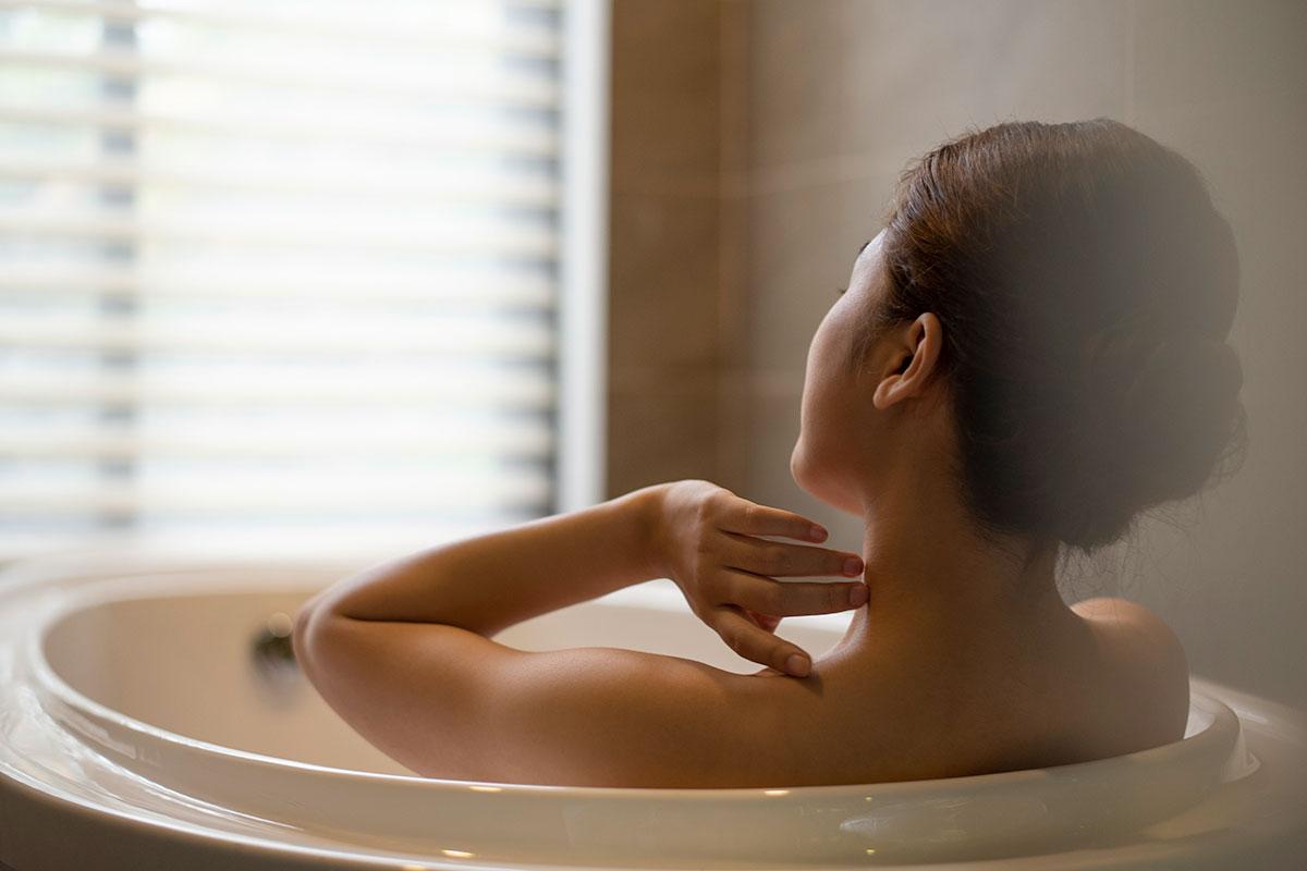 休息、睡眠、入浴、栄養補給でだるさを解消